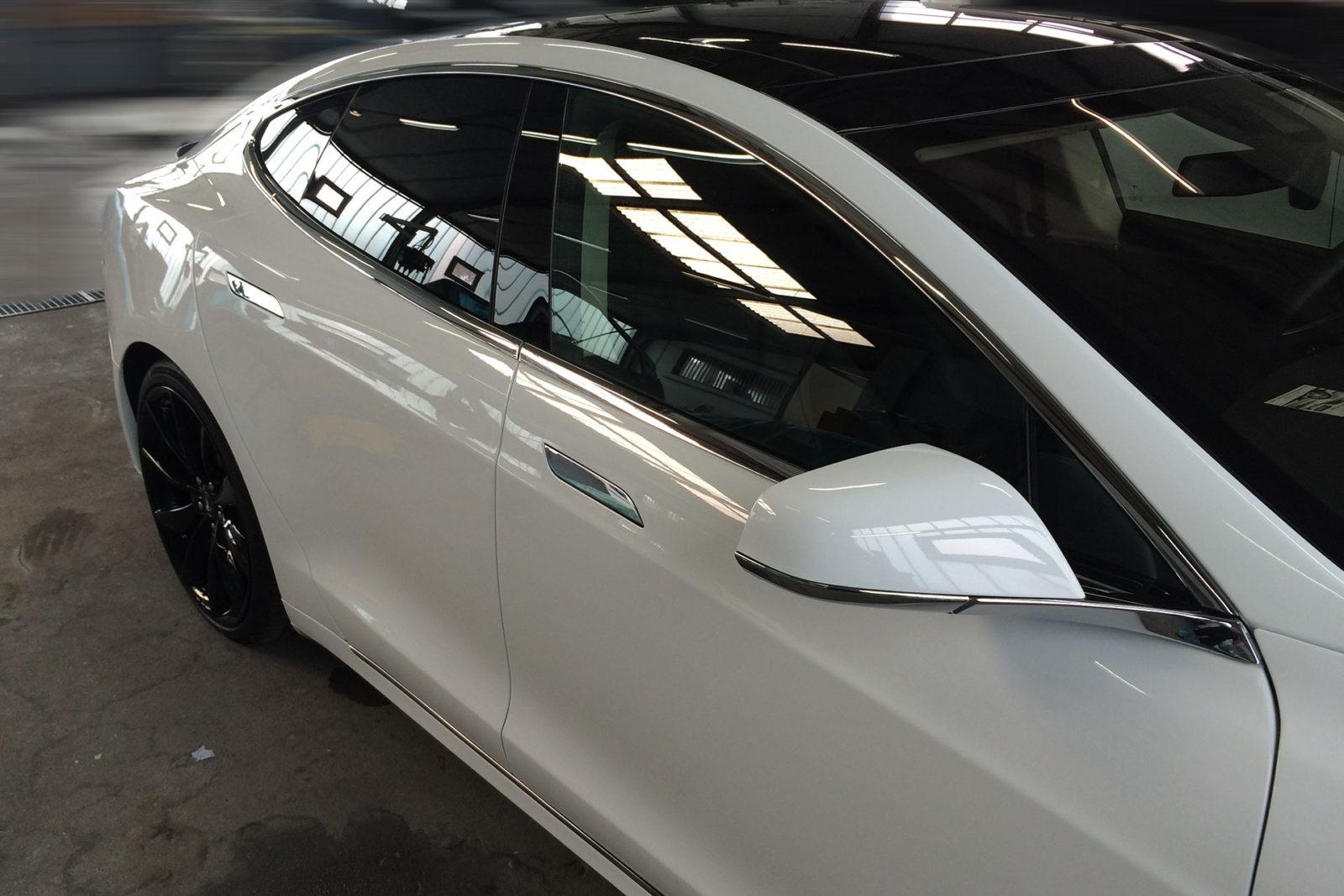 Autofolie - Tönungsfolien für Autos zur individuellen Gestaltung Ihres Fahrzeuges.
