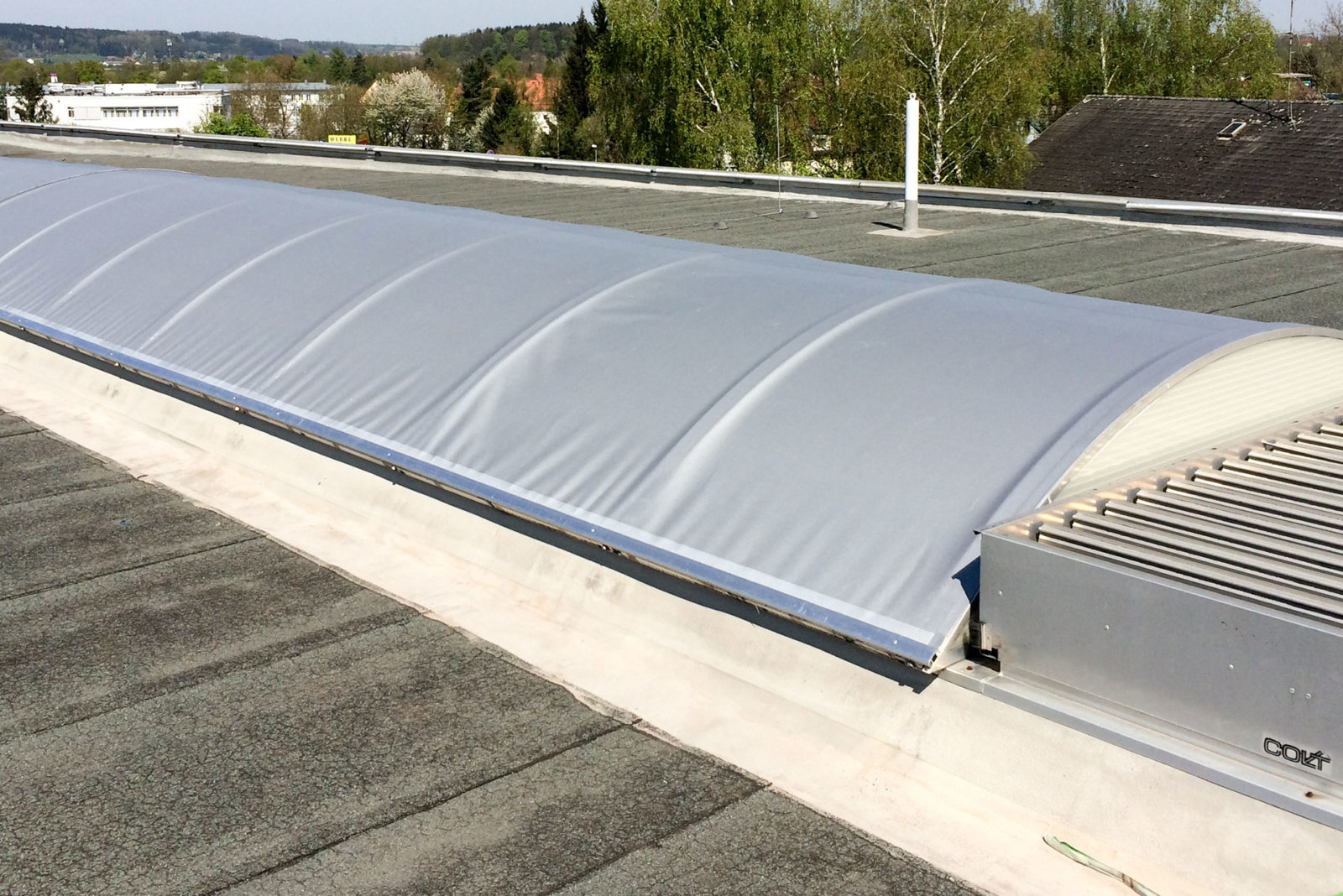 Dachkuppelbeschattung / Sonnenschutz