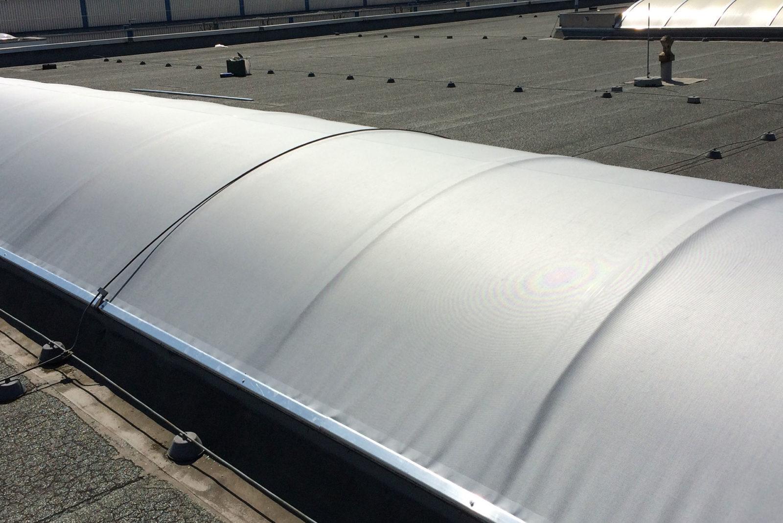 Dachkuppelbespannung / Blendschutz