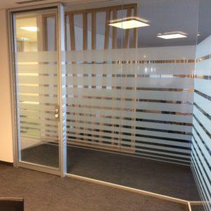 Sichtschutzfolie Büro DM Salzburg