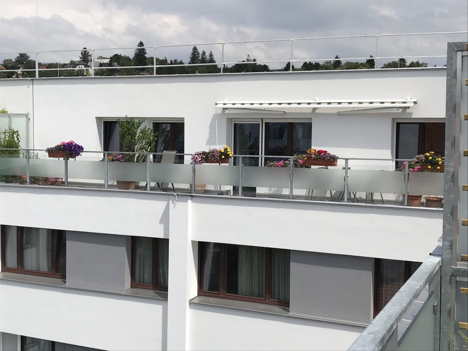 Sichtschutzfolie Balkon Streifen