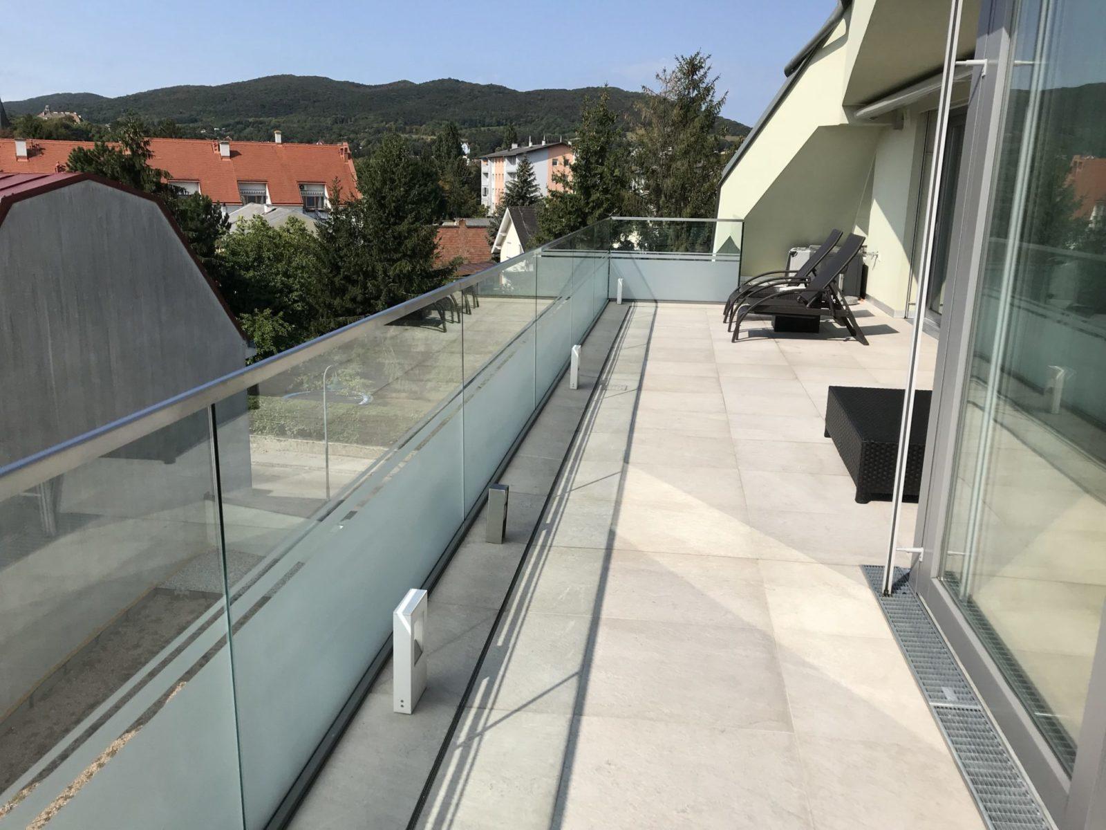 Sichtschutz Glasgeländer