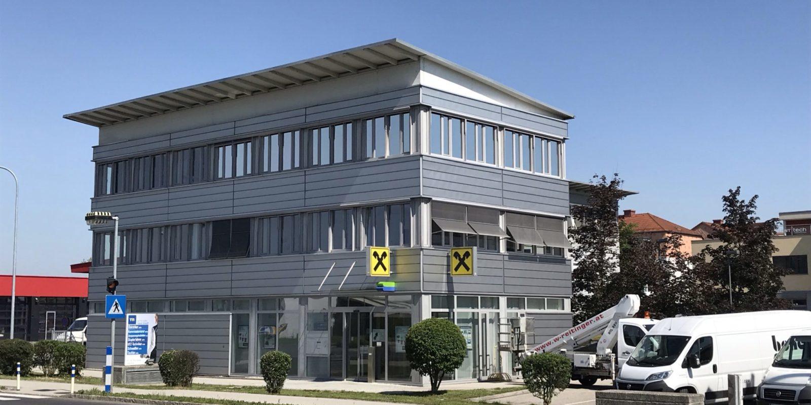 Sonnenschutzfolien Firmengebäude