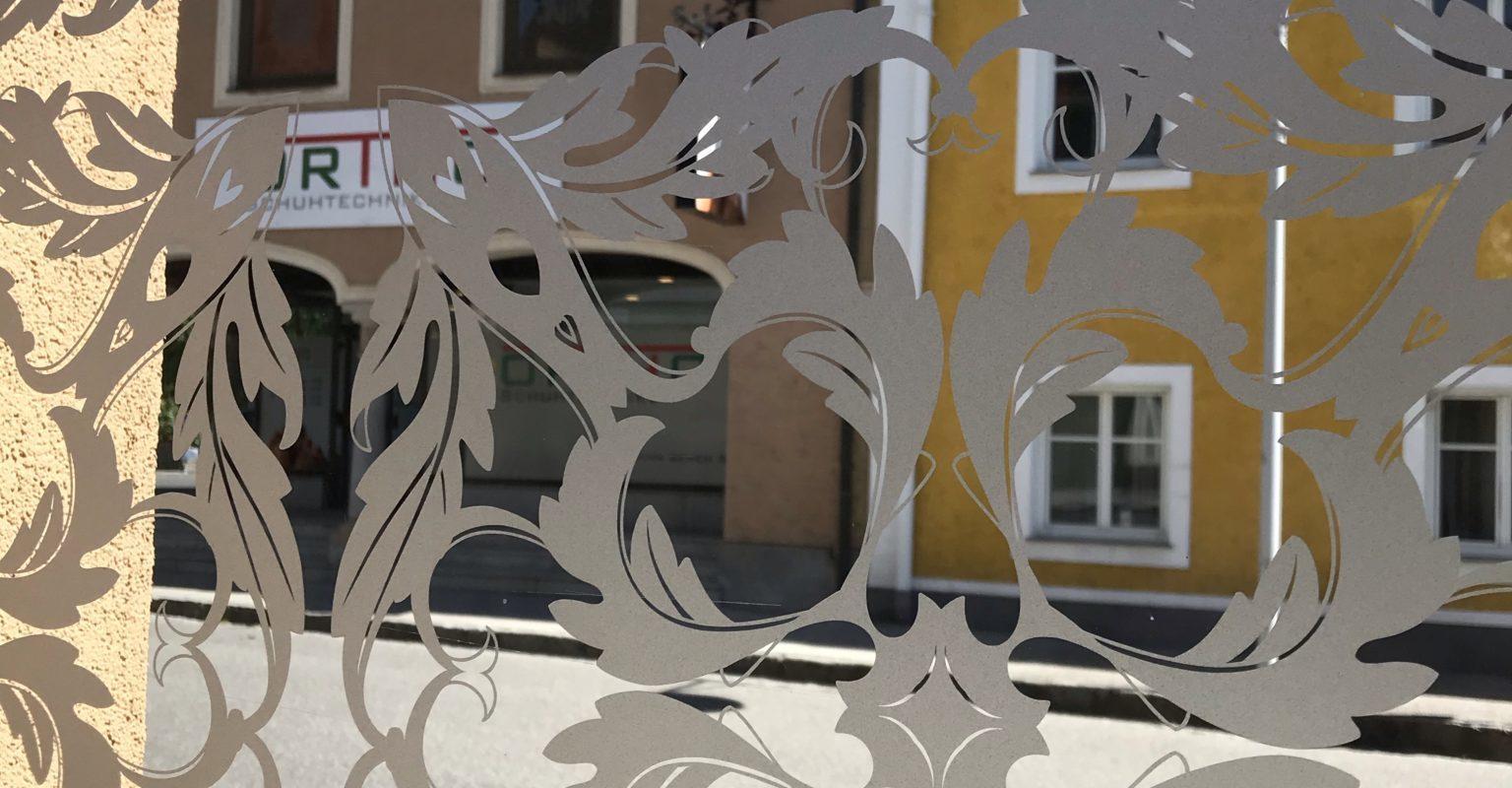 Sichtschutzfolie mit Ornamenten