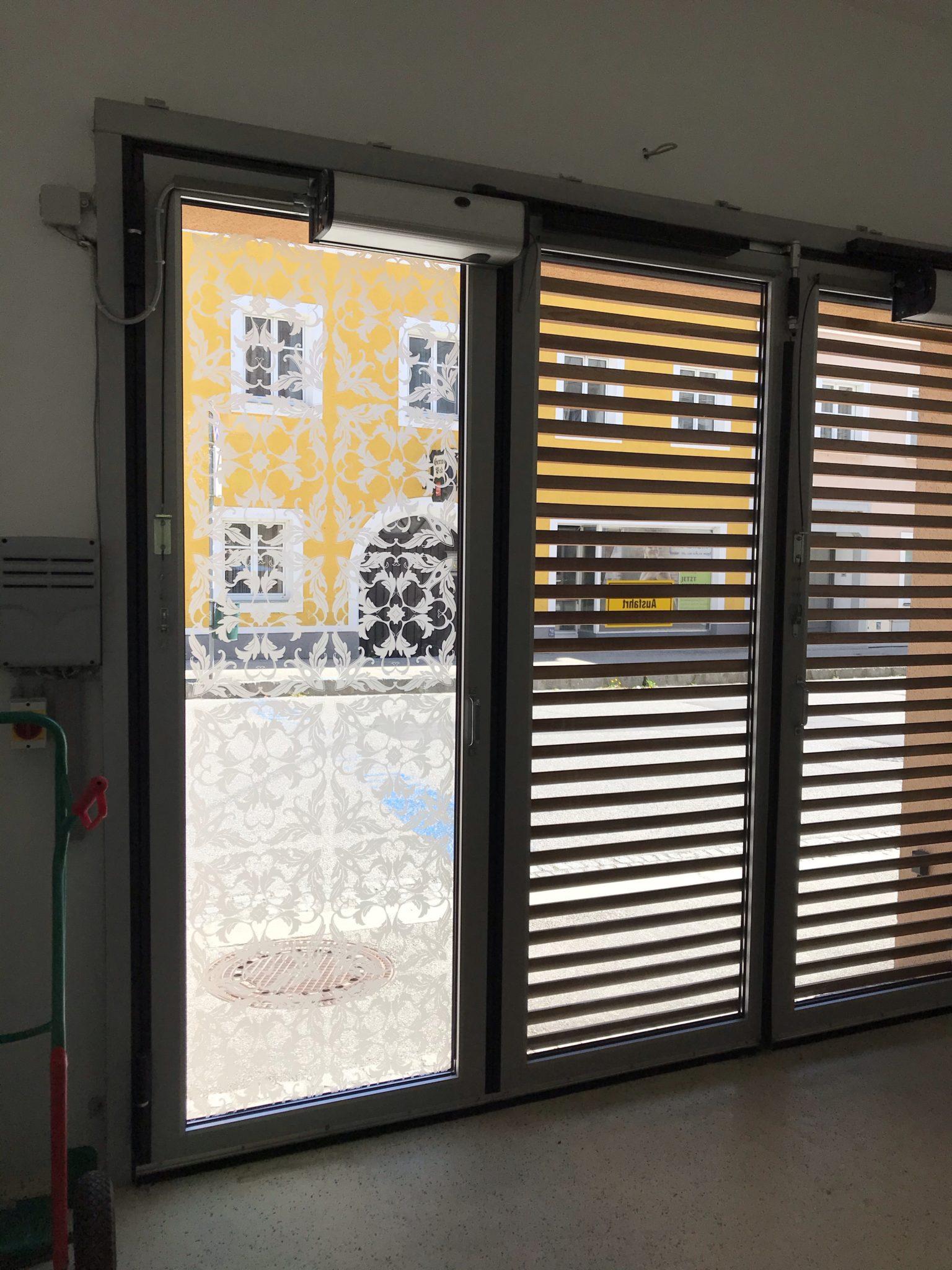 IMG 9128 - Sichtschutzfolie mit Ornamenten